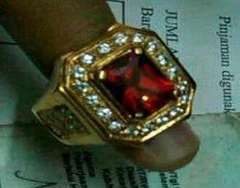 cincin palsu baru